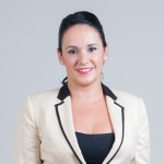 Mira Azafatas - Miriam Bethencourt firma